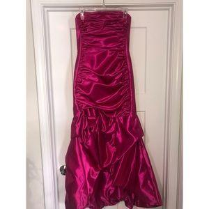 Jessica McClintock Magenta Formal Gown